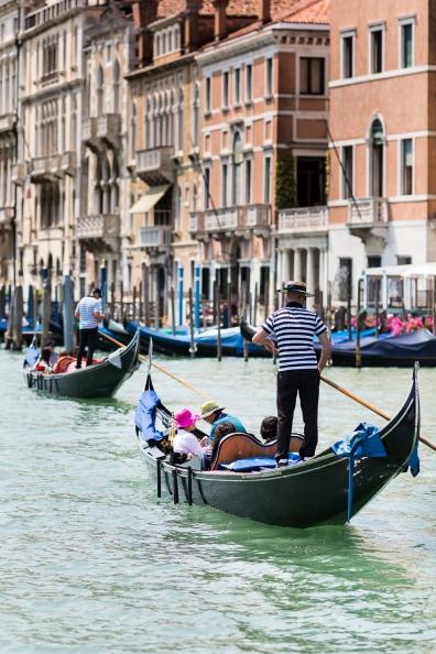 Venice Windows-1010