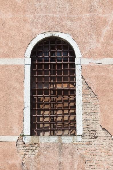 Venice Windows-1016