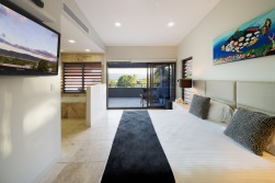 PortDouglas Bed_1