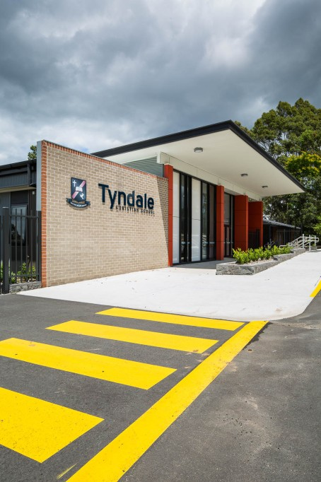 Tyndale-3270