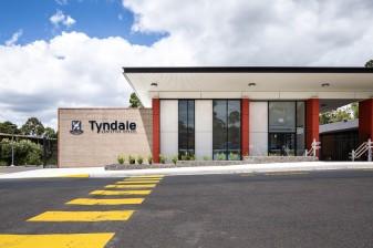 Tyndale-3271